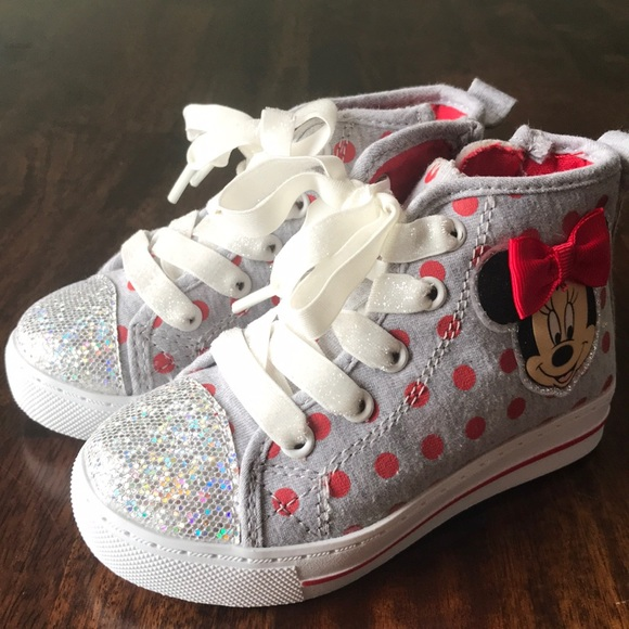 TODDLER NWT! DISNEY MINNIE MOUSE SHOES GRAY RED DOT HIGH TOP ZIPPER SNEAKERS